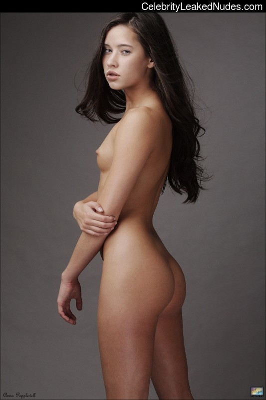 Anna popplewell when she is nude
