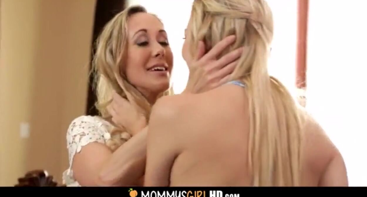 Mother daughter nude videos