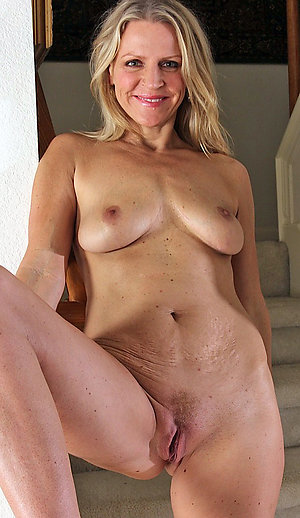 Sexy older nude moms